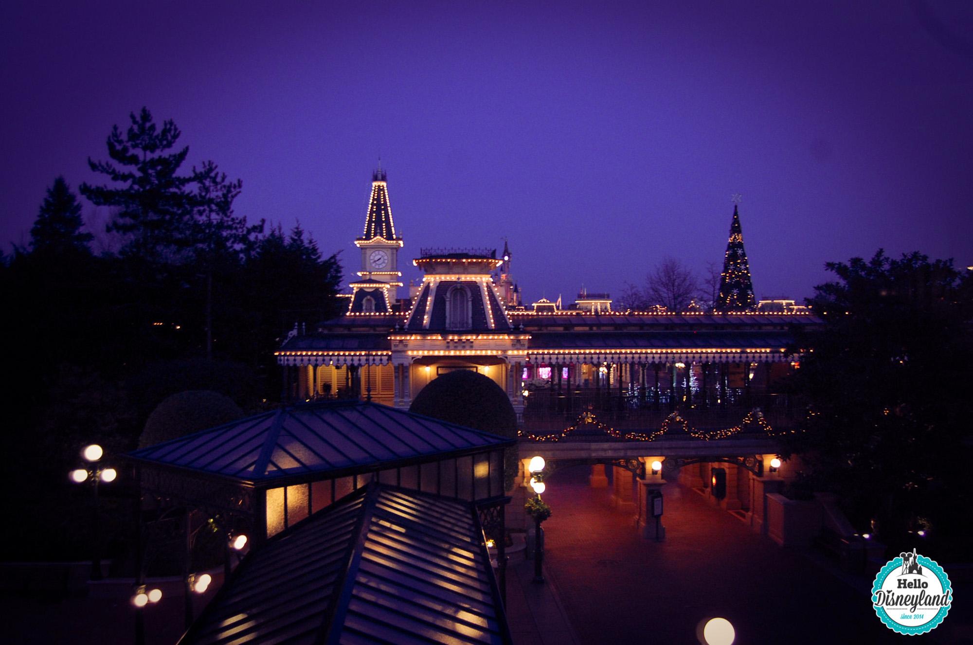 Aux portes du Disneyland Park