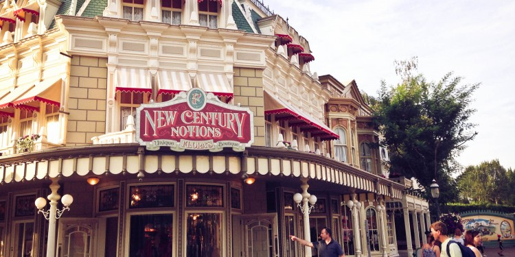Flora's Boutique - New Century Notions - disneyland Paris Boutique