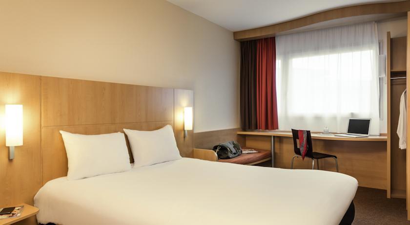 hello disneyland le blog n 1 sur disneyland paris h tel pas cher proche de disneyland paris. Black Bedroom Furniture Sets. Home Design Ideas