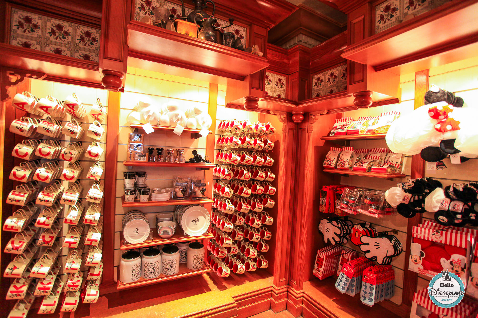 hello disneyland le blog n 1 sur disneyland paris les souvenirs de disneyland paris utiles. Black Bedroom Furniture Sets. Home Design Ideas