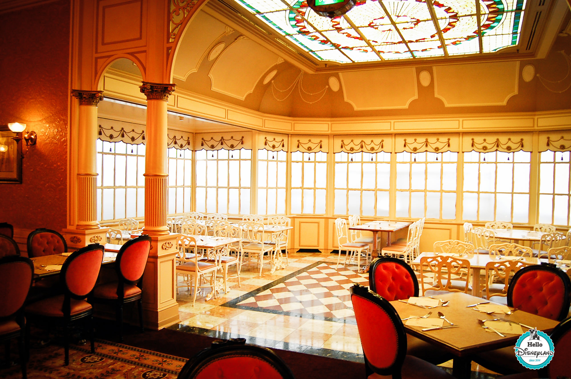 Disneyland Hotel Plaza Gardens Restaurant