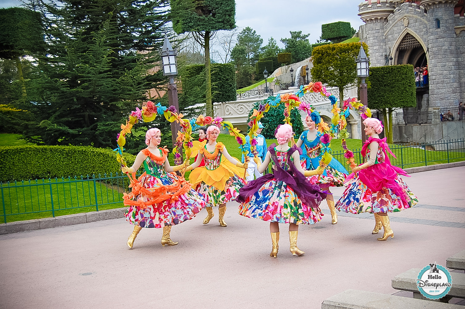 Disney Once Upon a Dream Parade - Disneyland Paris -26