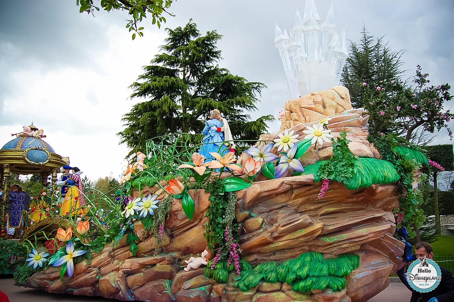 Disney Once Upon a Dream Parade - Disneyland Paris -30