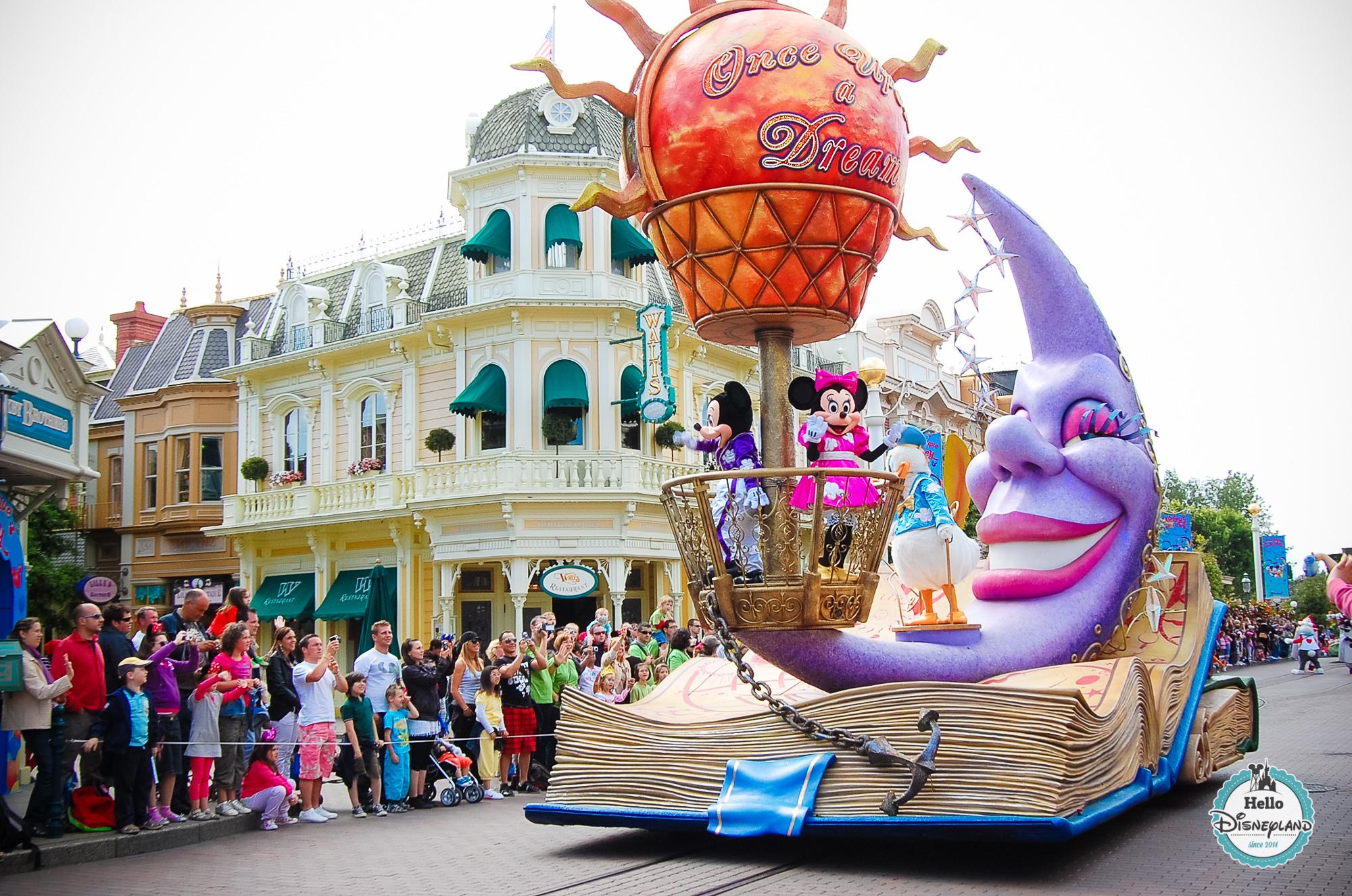 Disney Once Upon a Dream Parade - Disneyland Paris -56