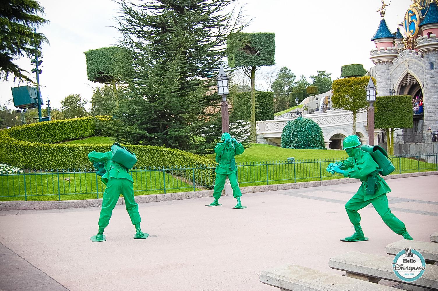 Disney Once Upon a Dream Parade - Disneyland Paris -6