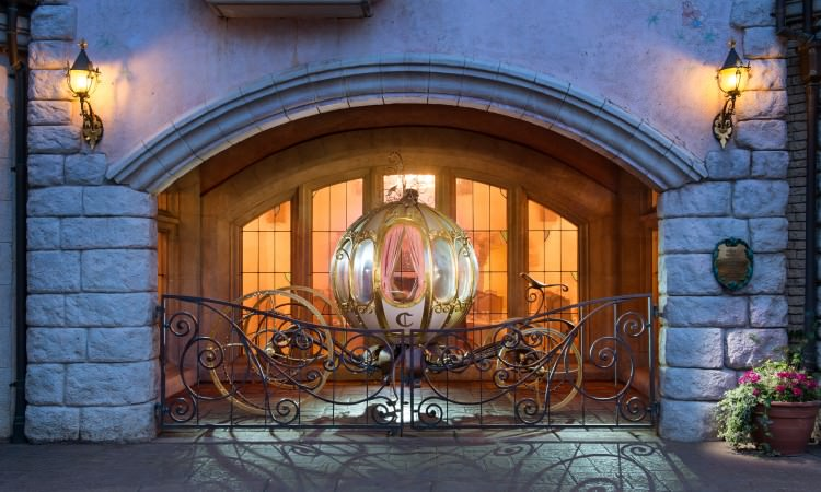 Auberge de Cendrillon Manger avec des princesses à Disneyland Paris