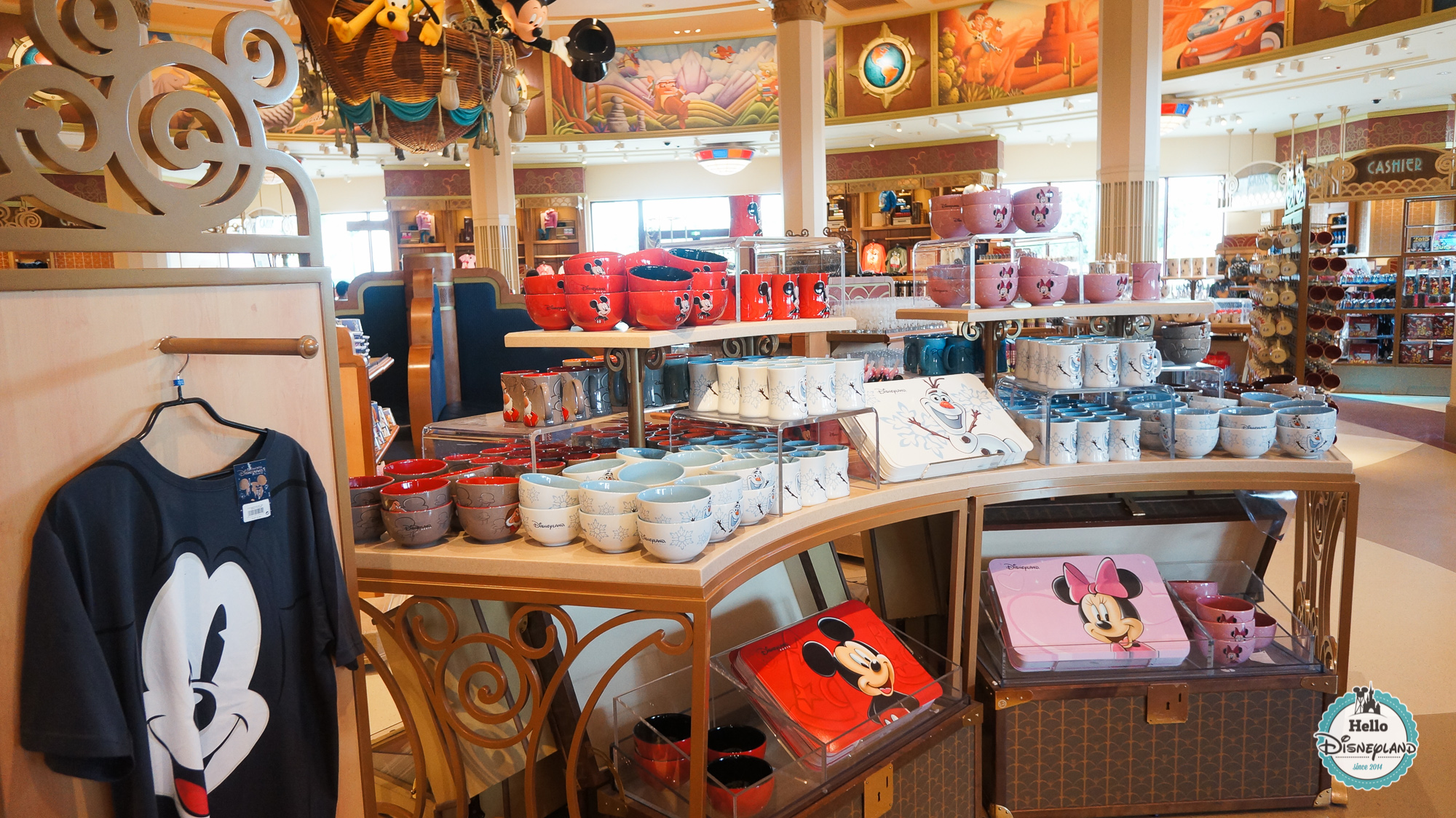 Hello disneyland le blog n 1 sur disneyland paris world of disney boutique disney village - Boutique cuisine paris ...