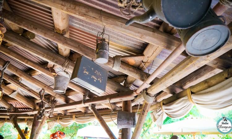 Temple Traders - Boutiques Disneyland Paris -1