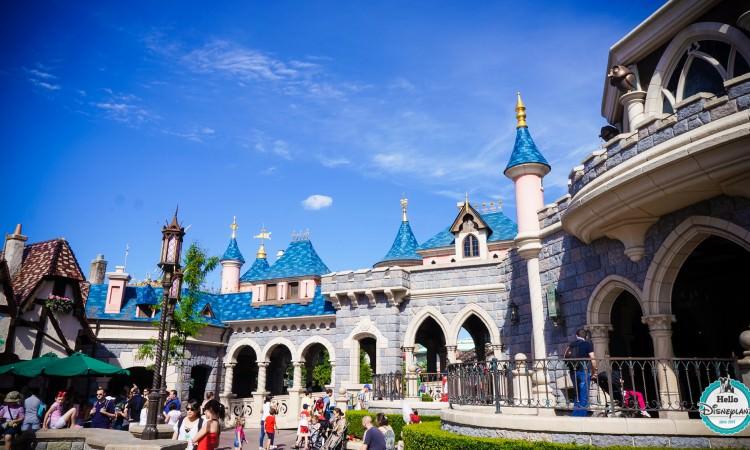 Château de la Belle au Bois Dormant - Disneyland Paris - sleeping Beauty Castle