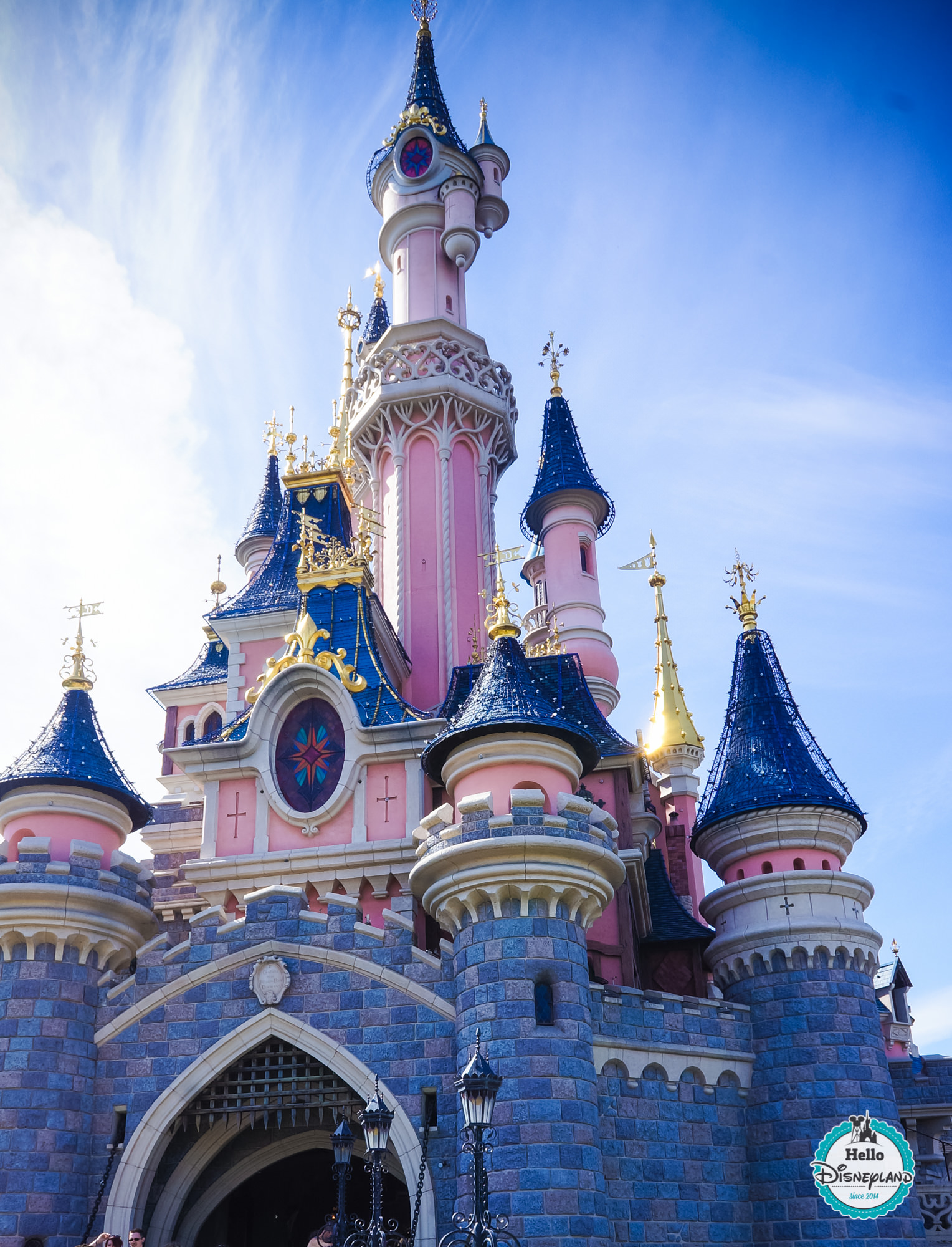 Le Château de la Belle au Bois Dormant - Hello Disneyland