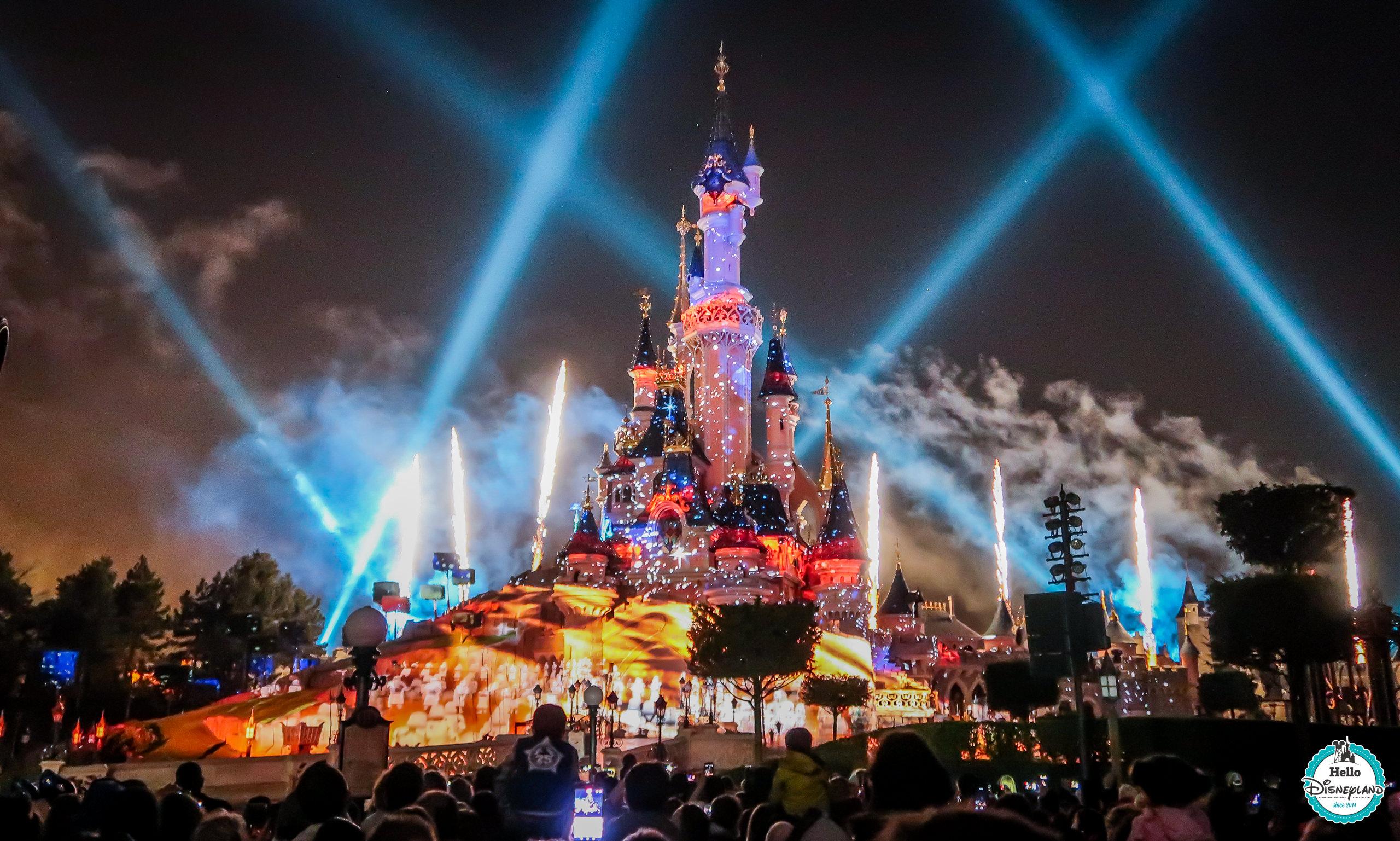 Hello disneyland le blog n 1 sur disneyland paris disney illuminations o se placer - Disneyland paris noel 2017 ...