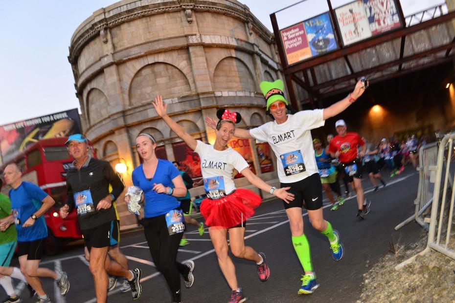 marathon disneyland paris déguisement disney