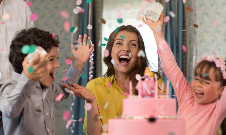décoration chambre disneyland paris anniversaire