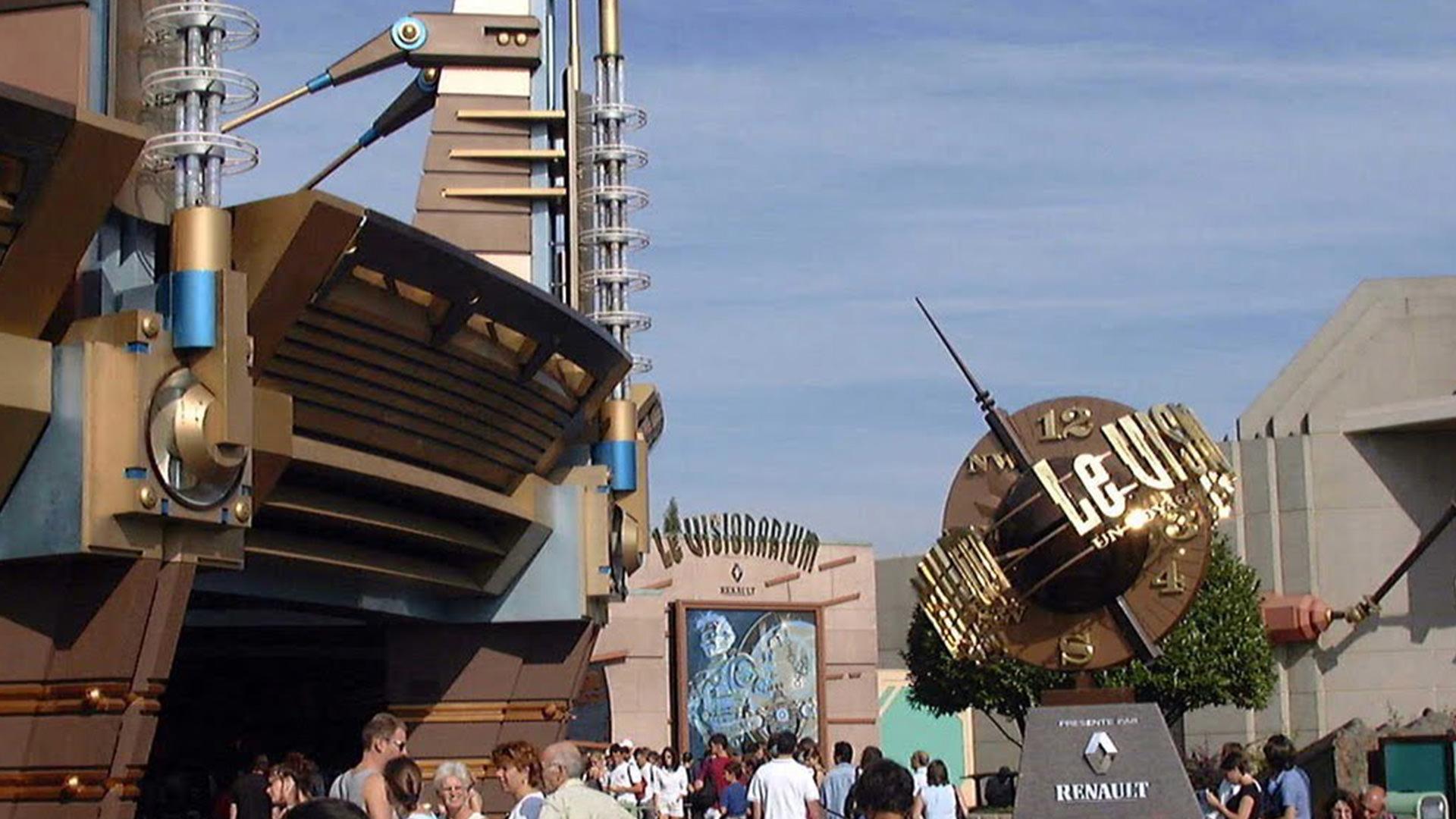 le-visionarium-à-Disneyland-PAris