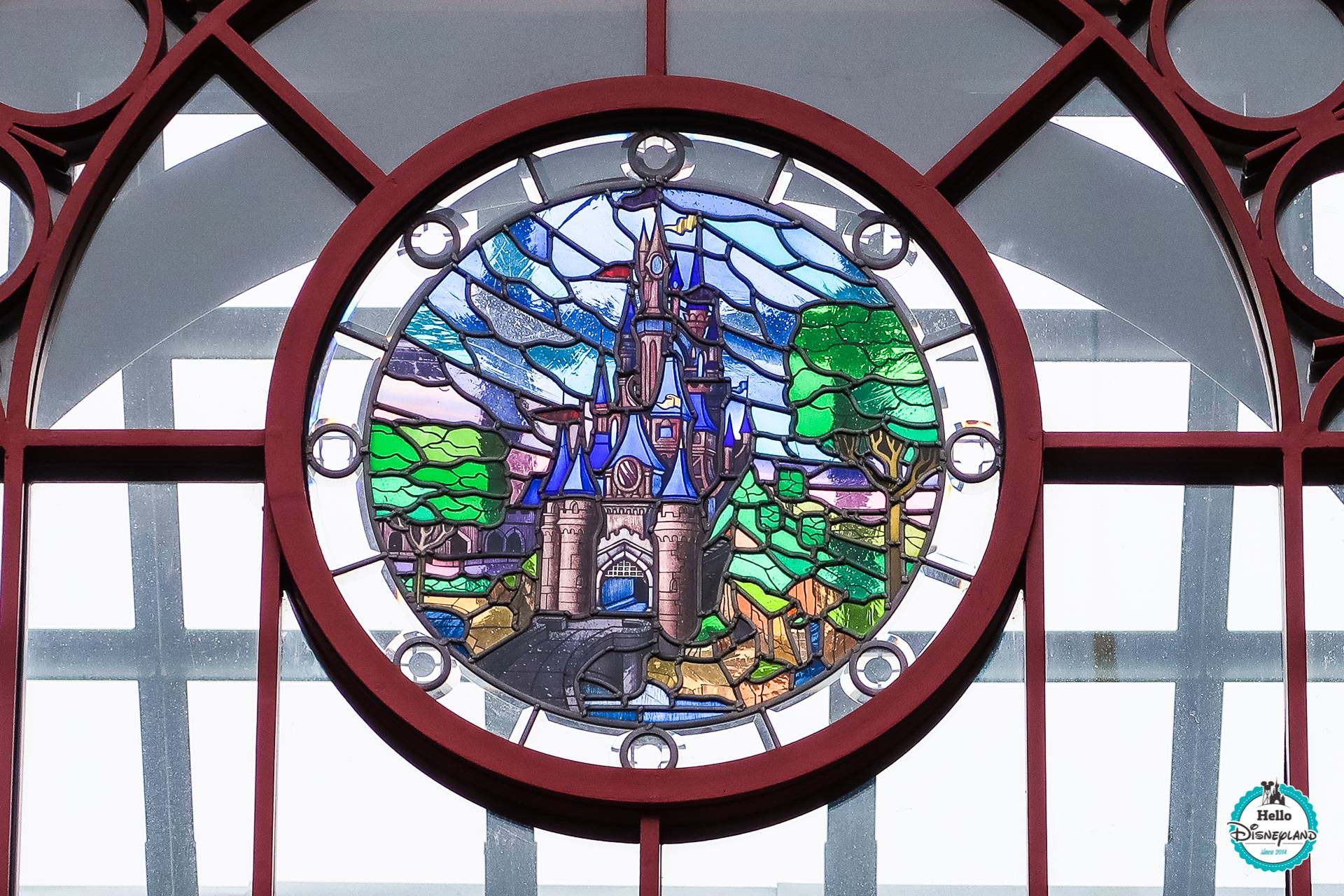 Vitrail land Fantasyland Main Street Entree Disneyland Paris