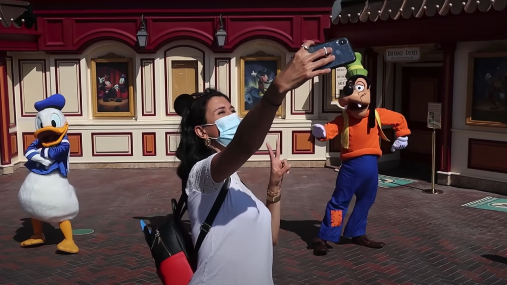 selfie spot et rencontre personnage réouverture disneyland paris